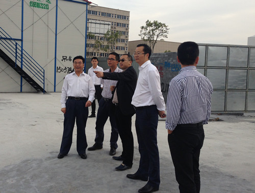 温州市副市长孔海龙考察圣普集团工业园施工现场